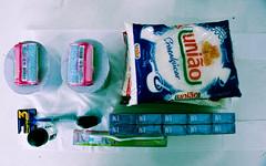 Os Arredores (Bernardo.Speck) Tags: mantimentos blue azul cigarro produtos products fotojornalismo fotodocumentário photography fotografia presídio presídiocentral central portoalegre