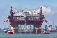 Floatel Endurance IV (Peet de Rouw) Tags: offshore platform floatel floatelendurance maasvlakte departure peetderouw denachtdienst canon5dmarkiv holland portofrotterdam