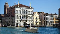 Taxi in Venice (cokbilmis-foto) Tags: venezia canal grande venice nikon d3300 nikkor 18105mm