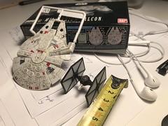 2018-02-07-20h03m47 (FarFarAway_ScaleModels) Tags: star wars sw episode7 tfa the force awakens millennium falcon milennium jakku destroyer scalebuild modell kit model makett diorama scratchbuilt scratchbuild kitbash