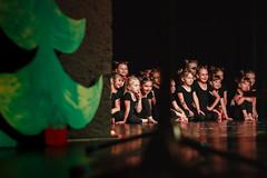 Childrens Final Performance (mezitlab) Tags: yellow zilina babkovédivadlo dance tanec stage lights theater work orsivarga