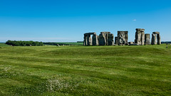 Stonehenge (rafpas82) Tags: stonehenge neolithic neolitico inghilterra england prato grass sole sunshine pietra rocks mistero megaliti cielo verde blu unitedkingdom regnounito fuji x100t fujinon green blue sky
