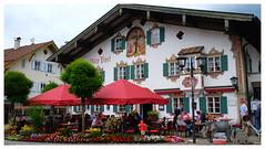 Oberammergau, Allemagne (mibric) Tags: maison house allemagne bavière terrasse café bar