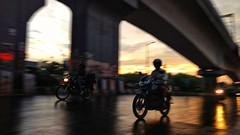 Trying to Capture motion pic ....  #motog4plus #motorola #delhi #motion #bike #Abshine_stories (abhishekmesthai) Tags: delhi bike motog4plus motorola motion abshinestories