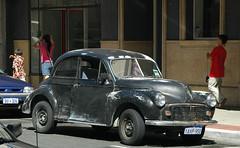 Morris Minor 2-door split window (D70) Tags: townofeastfremantle westernaustralia australia morris minor a golden oldie 2door split window nikon d70 2885mm f3545 ƒ110 777mm 1400 500