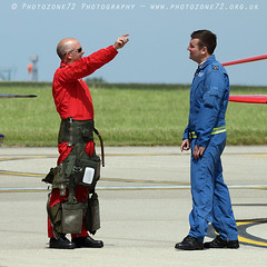 0336 R3 C3 (photozone72) Tags: raf redarrows reds redwhiteblue aviation aircraft norwichairport norwich canon canon7dmk2 canon100400f4556lii 7dmk2 blues circusatwork groundcrew groundshots red3
