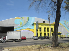Graphic, building with murals, Calzada Jesús González Gallo, Guadalajara, Mexico (Paul McClure DC) Tags: guadalajara mexico jalisco apr2018 architecture painting