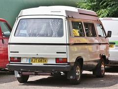RJT 683X (2) (Nivek.Old.Gold) Tags: 1981 volkswagen transporter camper spacemaker elevating roof 1970cc t3