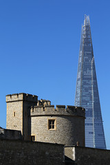 London Contrasts (Treflyn) Tags: contrast modern old ancient turret tower london shard