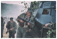 Le Bocage 1944 (II) (Frann García) Tags: guerra war wwii worldwar secondworldwar bocage normandia normandie normandy waffen waffenss ss panzer mp40 soldado soldier german germany france deutsche deutschland attack ataque gun 1944 june1944 recreaciónhistórica eos5dmarkiv ef100lmacro canon historia history