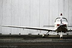 Cirrus (Antônio A. Huergo de Carvalho) Tags: cirrus cirrussr22 sr22 prctt hangar aviation aircraft airplane aviação avião aviaçãogeral