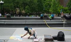 Traveling Artist (Photographs By Wade) Tags: newyorkcity newyork manhattan washingtonsquarepark artist art drawing chalk people