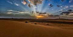 sunset (por agustinruizmorilla) Tags: sunset dramatic sky horizon sunrise moody dawn sun idyllic twilight southerdown daybreak over water morocco natur naturaleza sand arena agustin ruiz morilla