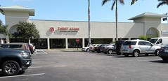 One Thrift Store's Trash is Another Thrift Store's Treasure (Albertsons Florida Blog) Tags: publix salvationarmy verobeach indianrivercounty florida retail store supermarket grocery former repurposed thriftstore