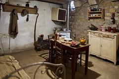 Beaucaire - Le Vieux Mas. La chambre du berger. (Gilles Daligand) Tags: beaucaire vieuxmas berger chambre shepherd room