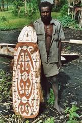 Schilden-071 (Stichting Papua Erfgoed) Tags: asmat schild shield pietvanmensvoort papuaheritagefoundation stichtingpapuaerfgoed papua irianjaya voormalignederlandsnieuwguinea