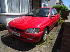 1997 Ford Escort 1.6Si (Neil's classics) Tags: vehicle 1997 ford escort 16si