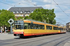 Karlsruhe, Bahnhofplatz 29.06.2018 (The STB) Tags: karlsruhemodell tram tramway strassenbahn strasenbahn streetcar tranvia tranvía publictransport citytransport öpnv tramtrain zweisystemstadtbahnfahrzeug stadtbahn