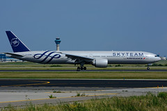 F-GZNN (Air France - SKYTEAM) (Steelhead 2010) Tags: airfrance skyteam boeing b777 b777300er yyzfreg fgznn