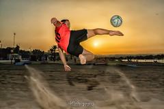 Remate al sol. (angelrm) Tags: fútbol soccer melilla españa spain pwmelilla beach