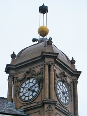 Bolton = Timeball Building = ONE OF ONLY TWO IN THE UNITED KINGDOM.   SO VERY RARE. (rossendale2016) Tags: retail closed jewellers preston's iconic icon rooftop roof massive golden kingdomgold united inthe two only one rare lancashire manchester greater bolton timepiece clock building ball time timeball