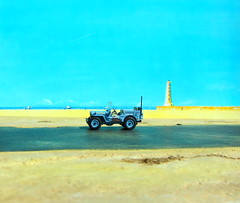 1:76 Scale Diecast Model Wills Jeep US Navy Seabees By Oxford Diecast Limited Swansea Wales United Kingdom 2017 : Diorama The Beach - 13 Of 13 (Kelvin64) Tags: 176 scale diecast model wills jeep us navy seabees by oxford limited swansea wales united kingdom 2017 diorama the beach