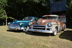 Buick Eight and Chevy (davidvines1) Tags: classic american car buick chevrolet automobile