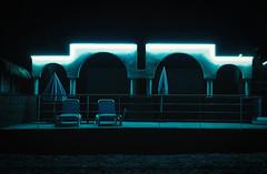 Néon bleu (thierry-manach.com) Tags: nuit night néon bleu blue hotel var hyères cote dazur plage