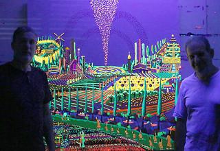 Leuchtende Bilder bei Nacht im UV-Licht  पराबैंगनी प्रकाश में रात में चमकती पेंटिंग्स