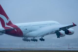 Qantas Airbus A380-842 VH OQI