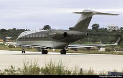 Bombardier Challenger 300 OE-HII @ Skiathos Airport (LGSK/JSI) (Joshua_Risker) Tags: skiathos airport lgsk jsi greece bombardier challenger 300 oehii lauda niki