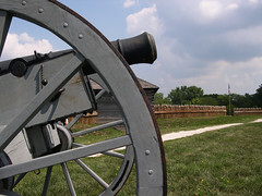 FORT MEIGS HISTORIC SITE (ADRIANO ART FOR PASSION) Tags: ohio usa forte fortmeigs ruota cannone 1812 guerraangloamericana1812 historicsite nikon coolpix4300 adriano adrianoartforpassion