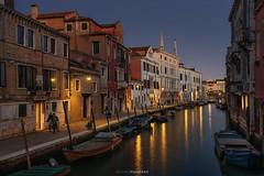 Cannaregio (Antoni Figueras) Tags: venice venezia venecia cannaregio sunset canal channel reflections europe fondamentagasparocontarini italia italy streetlights boats sonya7rii sony2470f4