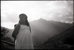 Fuji GW690II + Ilford Fp4+ (t h o m a s h e k) Tags: analogico argentico analogic bn bw byn developed epsonv500 film fm fuji formatomedio fujigw690 fujifilmgw690 gw690ii hc110 ilford ilfordfp4plus fp4 kodakhc110 landscape mediumformat mf montaña mountain medioformato pelicula paisaje pirineos selfdeveloped portrait retrato