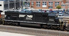NS 2566 SD70 (steamfan1211) Tags: bnsf railroad railway trains locomotives kansascity