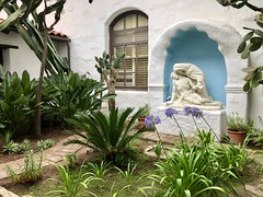 Mission San Diego de Acala, San Diego, CA (- Adam Reeder -) Tags: patio pot mission san diego de acala ca rainbarrel bellcote windowshade greenhouse miniaturepinscher slidingdoor windowscreen grandpiano 2018 06 21 328 1171 grantville california united states photo jpg apple iphone x y2018 m06 d21 lat330 lon1170 garden potted plant