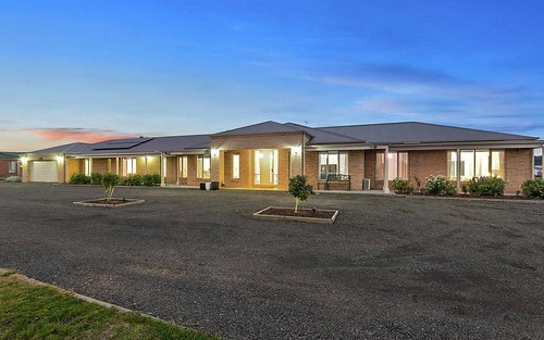 28 Parrot Drive, Whittlesea VIC