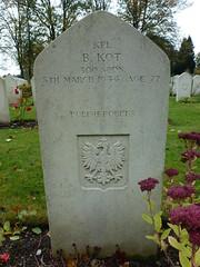 B. Kot (The Chairman 8) Tags: newark newarkontrent newarkcemetery grave wargrave gravestone cemetery headstone graveyard kpl kot 1944 polish polishforces nottinghamshire england 300squadron kplbkot kplkot bkot