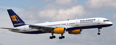 Boeing 757-256 TF-FIS (707-348C) Tags: dublinairport dublin eidw airliner jetliner boeing boeing757 b752 tffis icelandair ice ireland 2018 passenger dub