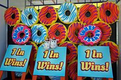 Coney Island, Brooklyn (SomePhotosTakenByMe) Tags: donut kissen pillow urlaub vacation holiday usa america amerika unitedstates newyork nyc newyorkcity newyorkstate stadt city coneyisland brooklyn outdoor amusementpark freizeitpark lunapark
