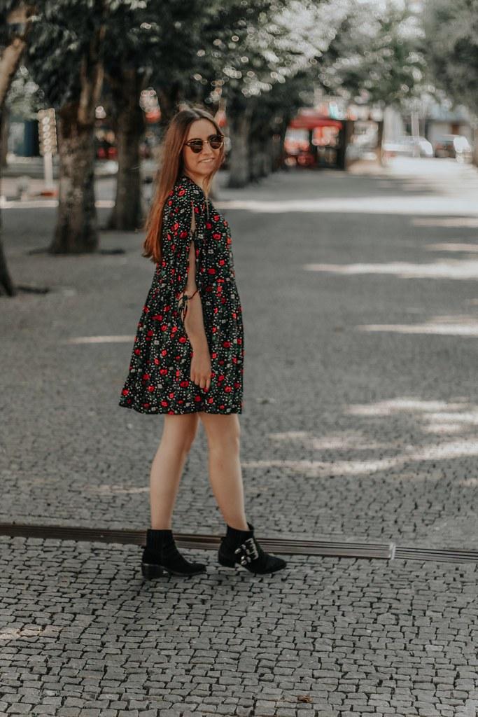 look_mango_bershka_boots_during_summer