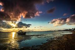 Varado (Fran Ramos.) Tags: amanecer barco cartagena fango frascoramos lightpainting marmenor marinas naturalezalight nubes urrutias varado