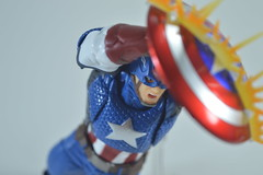 DSC_0289 (Matheus RFM) Tags: revoltech amazing yamaguchi captainamerica marvel avengers