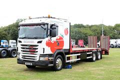 Tomato Plant Scania G400 PF10CDN Paddock Wood Truckfest 2018 (davidseall) Tags: tomato plant scania vabis g400 pf10cdn pf10 cdn truck lorry rigid flatbed large heavy goods vehicle lgv hgv paddock wood truckfest show 2018