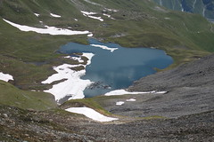 lac des Autannes depuis le Col de Torrent (bulbocode909) Tags: valais suisse coldetorrent valdanniviers valdhérens grimentz moiry evolène lacdesautannes névés neige lacs montagnes nature vert bleu