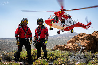 Grupo de Emergencias y Salvamento Rescue Swimmers and Sokol W-3