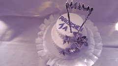 He got it!! (Renate Bomm) Tags: 1a 7dwf buttercreme kuchen lila renatebomm sonyilce6000 studienabschluss torte 16mmf14dcdn masterarbeit handmade cake pasteldecremademantequilla pastel food