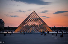 Where memories are made - la vie est belle! (teena.angale) Tags: louvre cityoflights paris pyramid glass triangle orange modern light view romantic memory