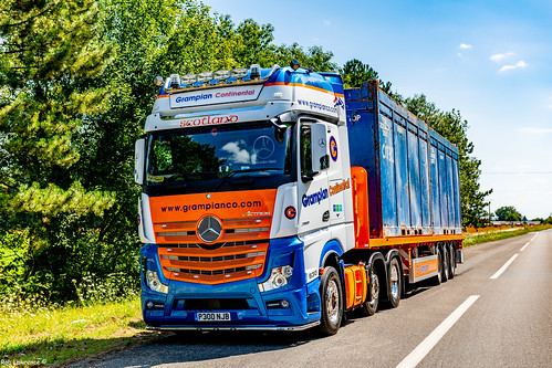 Loaded Le Trait-France with 2x 20ft Containers For Aberdeen Via the Calais/Dover Ferry...