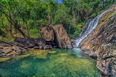Três Quedas (mcvmjr1971) Tags: vermelho baependi nikon d7000 minas gerais parque estadual serra do papagaio mmoraes zona rural viagem travel cachoeira três quedas